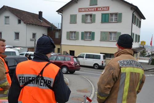 Ein 52-jähriger Schattdorfer ersticht den 51-jährigen Wirt des Restaurants Mühle in Schattdorf. Der Täter, ein IV-Rentner, wird Stunden später von der Polizei zu Hause festgenommen. (Bild: Sven Aregger / Neue SZ)