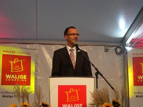 Bernhard Büchler, Gemeindepräsident von Rothenburg, spricht anlässlich der Eröffnung. (Bild: zvg)