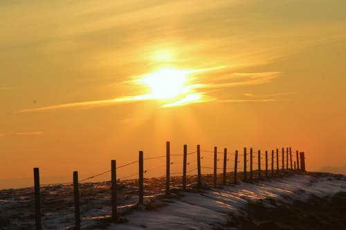 den Sonnenaufgang geniessen bei -5 Grad (Bild: Irene Wanner)