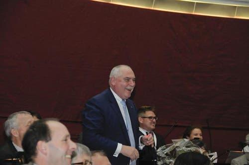 Urs Dickerhof bedankt sich und erklärt die Annahme der Wahl. (Bild: PD)