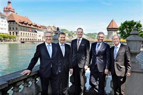 Die neue Luzerner Regierung (von links): Robert Küng (FDP), Marcel Schwerzmann (parteilos), Reto Wyss, Guido Graf (beide CVP) und Paul Winiker (SVP). (Bild: Nadia Schärli / Neue LZ)