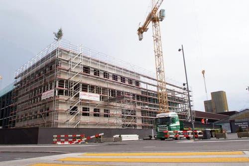8. November 2012: Der Bau der Messehalle ist im Zeitplan. (Bild: PD)