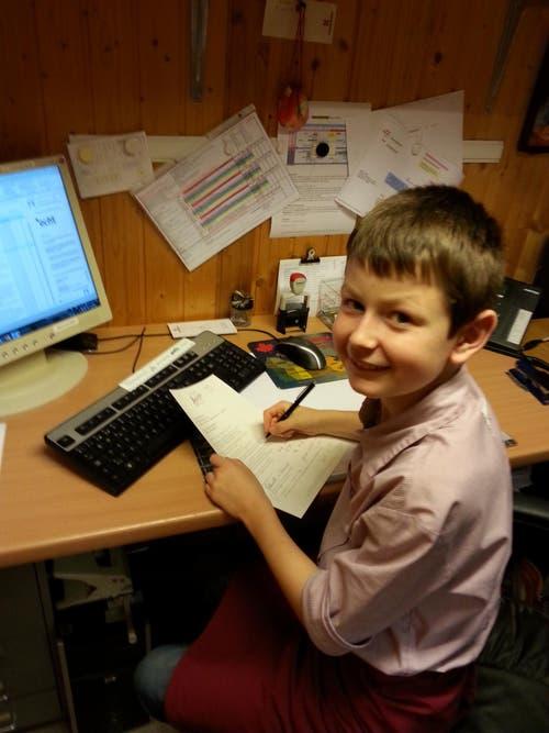 Jonas im Büro im Boutique Hotel Schlüssel (Bild: zvg)