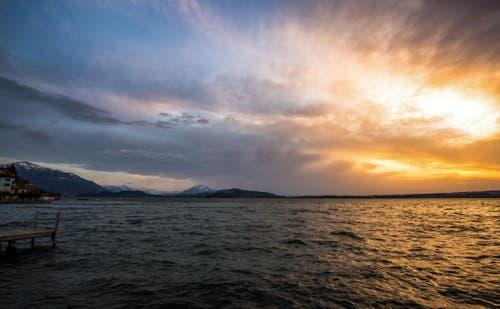 Sonnenuntergang Zugersee. (Bild: Daniel Hegglin)