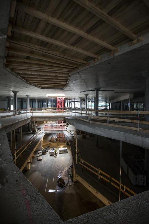 17. Februar 2016: Ein Blick in die Baustelle der «Mall of Switzerland» in Ebikon. (Bild: Keystone)