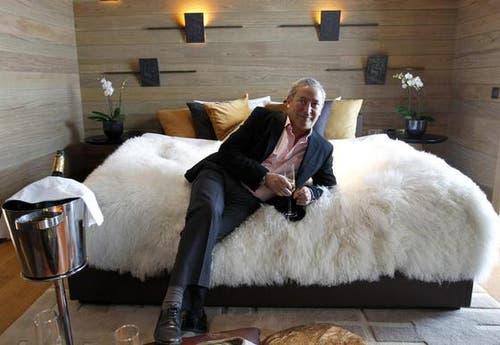 Am 14. Februar präsentiert Samih Sawiris sein erstes Musterzimmer im Hotel «The Chedi». (Bild: Keystone)