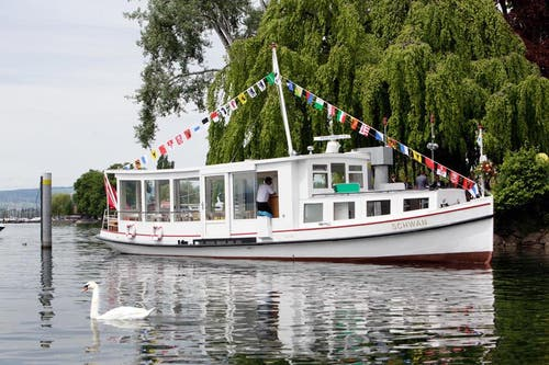 Das MS «Schwan» wurde im Jahr 1918 in Hamburg gebaut und zählt heute zu den ältesten Schiffen auf Schweizer Gewässern. (Bild: Christoph Borner-Keller / Neue ZZ)