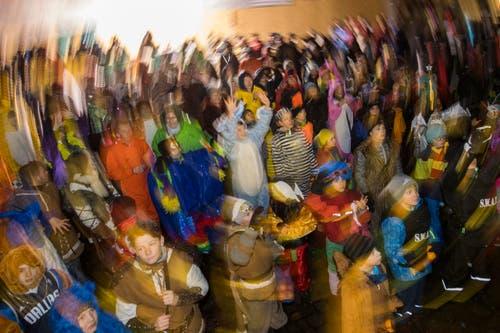 Impressionen von der Wey-Tagwache am Güdismontag in der Stadt Luzern. (Bild: Boris Bürgisser (Luzern, 12. Februar 2018))