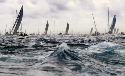 Segelregatta vor Alicante in Spanien bei stürmischer See. (Bild: Keystone)