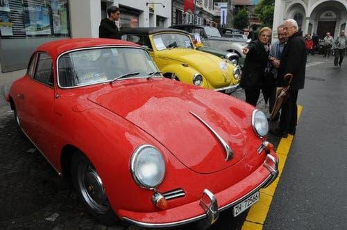 Sarnens Strassen werden für ein Wochenende zum Verkehrs-Museum. (Bild: Geri Wyss / Neue OZ)