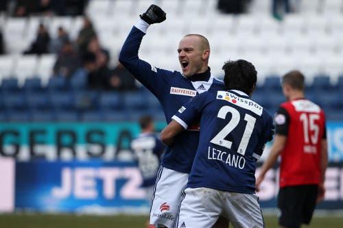 22. Februar: Die Erleichterung beim FC Luzern ist eine riesige: Das 4:0 gegen Aarau, einen direkten Konkurrenten im Kampf gegen den Abstieg, ist der erste Sieg im elften Heimspiel der laufenden Meisterschaft. Darüber hinaus ist es auch der höchste Heimsieg, seit die Luzerner im Juli 2011 in die damals neu erbaute Swissporarena gezogen sind. (Bild: Philipp Schmidli)