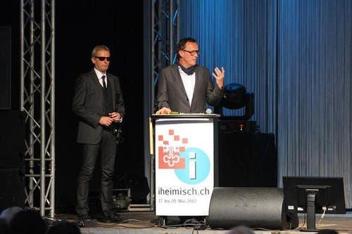 OK-Präsident Herbert Würsch; links von ihm OK-Mitglied und Sicherheitschef Marcus Risi. (Bild: André A. Niederberger / Neue NZ)