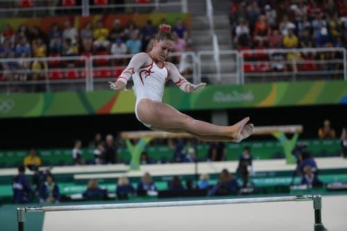 ... und am Mehrkampf schaffte sie den Finaleinzug souverän. (Bild: EPA / How Hwee Young)