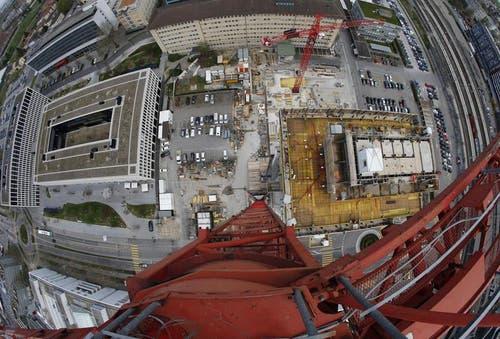 Blick auf die Baustelle des Parktowers. (Bild: Stefan Kaiser / Neue ZZ)