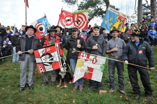 Die Bechergewinner der Sektion Engelberg/Anderhalden (von links):Max Bosshard, Adrian Odermatt, Dominik Bürgler und Philipp Amrhein. (Bild: Urs Hanhart (Neue UZ))
