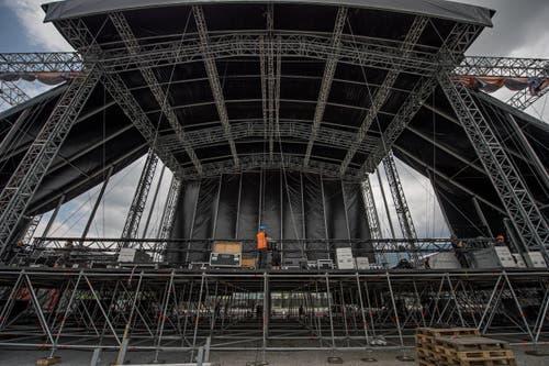 20'000 Zuschauer haben dem Konzert am Freitagabend beigewohnt, weitere 50'000 sind am Samstag aus der ganzen Schweiz auf die Allmend gepilgert. Somit kamen insgesamt rund 70'000 Zuschauer auf die Luzerner Allmend. (Bild: Pius Amrein / Neue LZ)