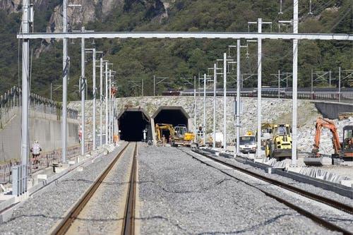 30.08.2013: Eingang des Südportals des Neat-Basistunnels in Bodio. (Bild: Keystone)