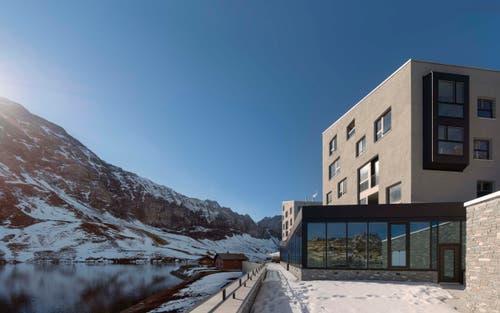 Der Melchsee mit dem neuen Hotel. (Bild: PD)