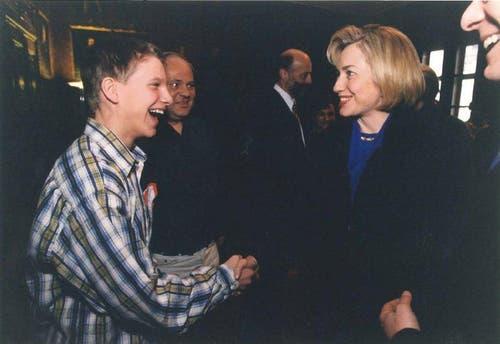 Hillary Clinton zu Besuch am 31.01.1998 beim Luzerner Kinderparlament. (Bild: zvg)