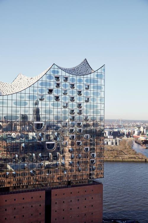 Elbphilharmonie Hamburg (Bild: Maxim Schulz)