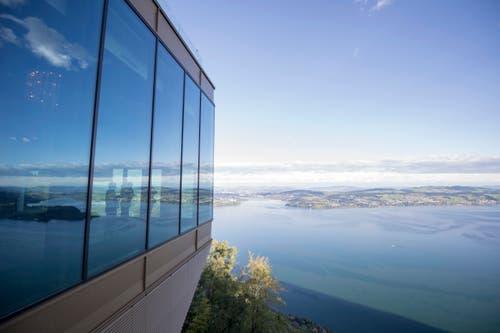 Blick auf das Bürgenstock-Hotel mit grandioser Aussicht (Bild: Urs Flüeler / Keystone)