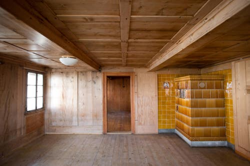 Blick ins Wohnzimmer des Pächterhauses. (Bild: Manuela Jans-Koch/Neue LZ)