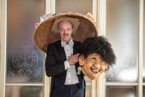 Marcus Tschopp erreichte mit dem Sujet «Chinese Hotel Palace» den dritten Platz in der Kategorie der Einzelmasken. (Bild: Dominik Wunderli / LZ (Luzern, 13. Februar 2018))