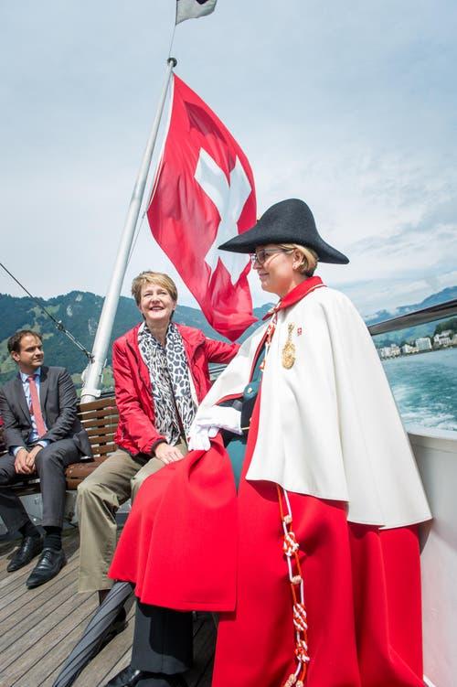 1. August Feier auf dem Rütli: Im Bild ist Bundespräsidentin Simmoneta Sommaruga auf dem Schiff Richtung Rütli. (Bild: Roger Grütter / Neue LZ)