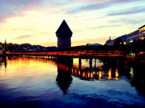 Leuchtenstadt (Bild: Buholzer Walter)