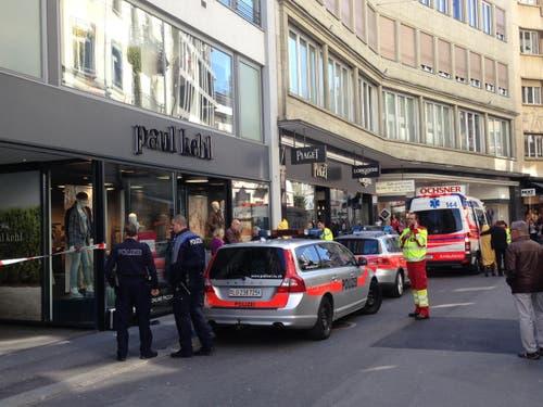 7. April: Die Bijouterie Jaeger-LeCoultre in Luzern wurde überfallen. Das Geschäft gehört zur Bucherer-Gruppe. (Bild: Stefanie Nopper / Luzernerzeitung.ch)