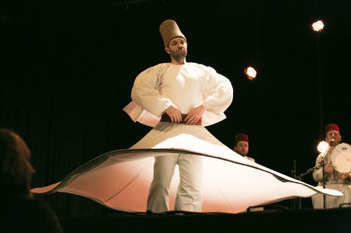 Noureddine Khourchid And The Whirbling Dervishes Of Damas aus Syrien. (Bild: André A. Niederberger (Neue NZ))