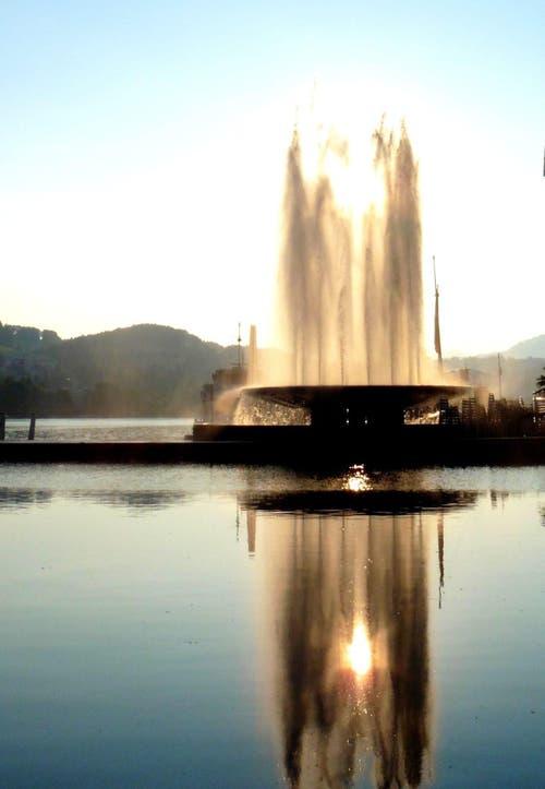 Platz 17 – 444 Gefällt mir: Wagenbachbrunnen beim KKL in der Stadt Luzern (9. August). (Bild: Leser Walter Buholzer)