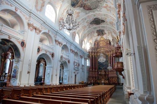 3. Dezember: Die Jesuitenkirche in Luzern wird innen umfassend saniert. Dazu bleibt sie das ganze Jahr 2016 geschlossen. (Bild: Boris Bürgisser / Neue LZ)