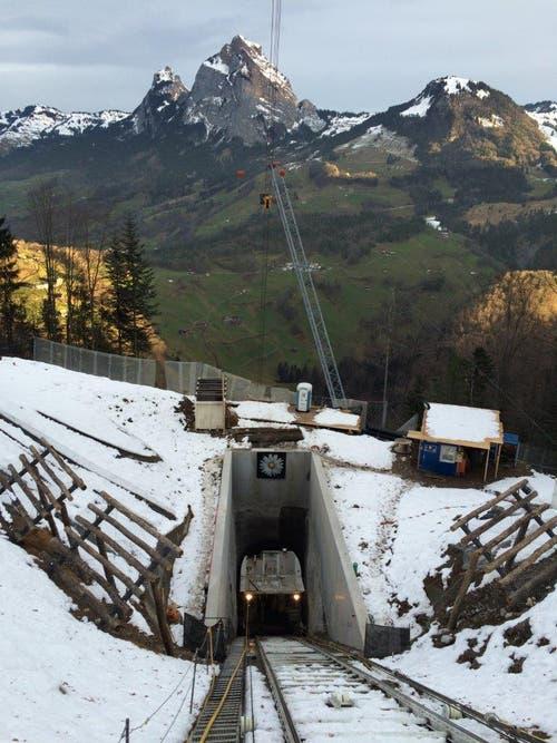 Durchstich beim mittleren Tunnel ist geglückt (17.03.2016) (Bild: PD)