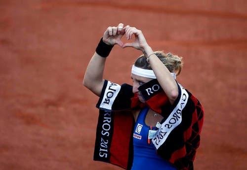 Das Märchen von Timea Bacsinszky geht zu Ende: Die 25-Jährige verliert im Halbfinal der French Open gegen Serena Williams 4:6, 6:3 und 0:6 (4. Juni). (Bild: EPA / Yoan Valat)