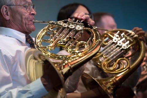 Musiker der MG Schuepfheim in Montreux. (Bild: LAURENT GILLIERON)