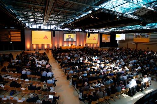An die Sika-GV in der Waldmannhalle in Baar kamen über 400 Aktionäre. (Bild: Stefan Kaiser / Neue ZZ)