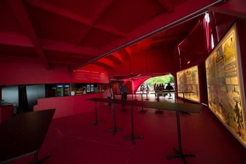 Im Bild ist das Erdgeschoss der Seerose. Es hatte jetzt nicht soviele Leute. (Bild: Roger Gruetter)