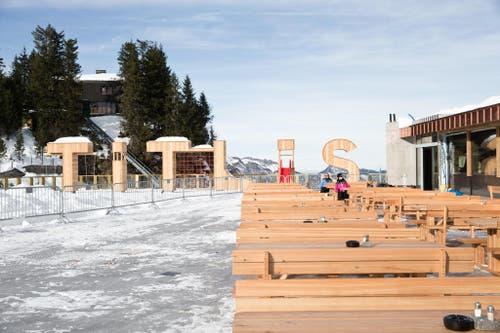 Die neue Terrasse des Restaurant Trübsee. (Bild: Manuela Jans-Koch (Neue LZ))