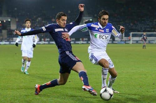 Luzerns Dimitar Rangelov (links) gegen Lausannes Jérôme Sonnerat. (Bild: Philipp Schmidli / Neue LZ)