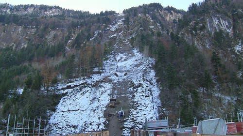 Blick auf den Steilhang. (07.11.2014) (Bild: René Meier)