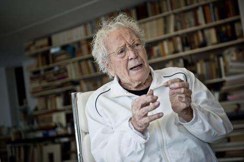 21. März: Der Luzerner Maler, Grafiker und Bildhauer Hans Erni ist im hohen Alter von 106 Jahren verstorben. (Bild: Pius Amrein / Neue LZ)