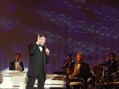 Udo Jürgens 2001 in der Stadthalle in Sursee. (Bild: Archiv Neue LZ / Nique Nager)