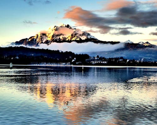 Der Pilaus im schönsten Morgenlicht. (Bild: Buholzer Walter)
