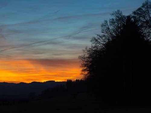 «Rosso di sera bel tempo si spera.» (Bild: Hubert Zurbuchen)