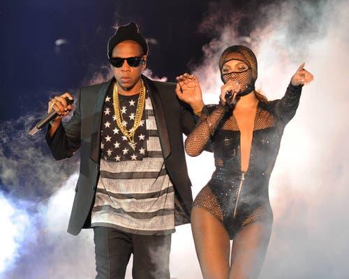 Weniger skandalös, weniger exzentrisch, aber mindestens so berühmt wie das vorangehende Paar: Beyoncé und Jay-Z bei der Eröffnung der On The Run Tour im Juni. (Bild: Keystone)