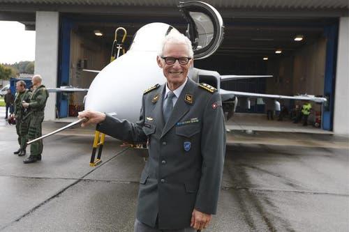 Luftwaffenchef Markus Gygax am Freitag beim Medienanlass in Emmen. (Bild: Keystone)