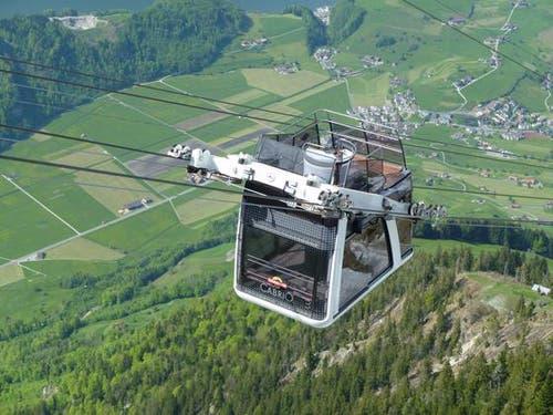 Testfahrt der Cabrio-Bahn am 11. Mai mit der neu montierten Aussichtsplattform. (Bild: Leser Richard Gander)