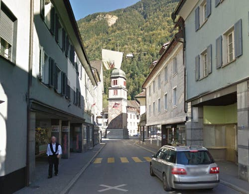 Schmiedgasse in Altdorf mit dem Telldenkmal. (Bild: Google Street View)
