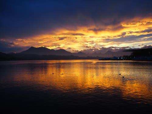 Sonnenaufgang von Luzern (Bild: Mila Valle)